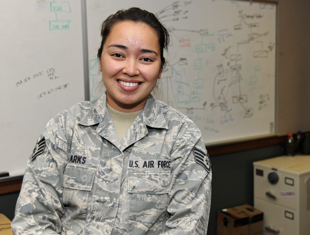 "Illinois Airman Finds Her ""Niche in Life"""